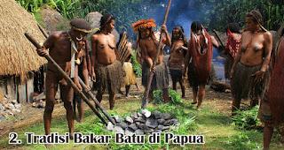 Tradisi Bakar Batu di Papua merupakan salah satu tradisi unik saat natal yang hanya terjadi di Indonesia