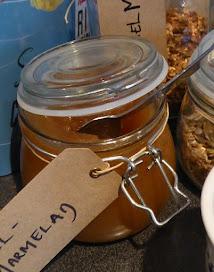 Äpple-kanelmarmelad till naturell yoghurt och rostad kokos och frön