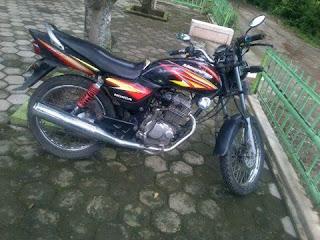 LAPAK MOTOR BEKAS : Honda Megapro 2005 Masih Joss - NGAWI