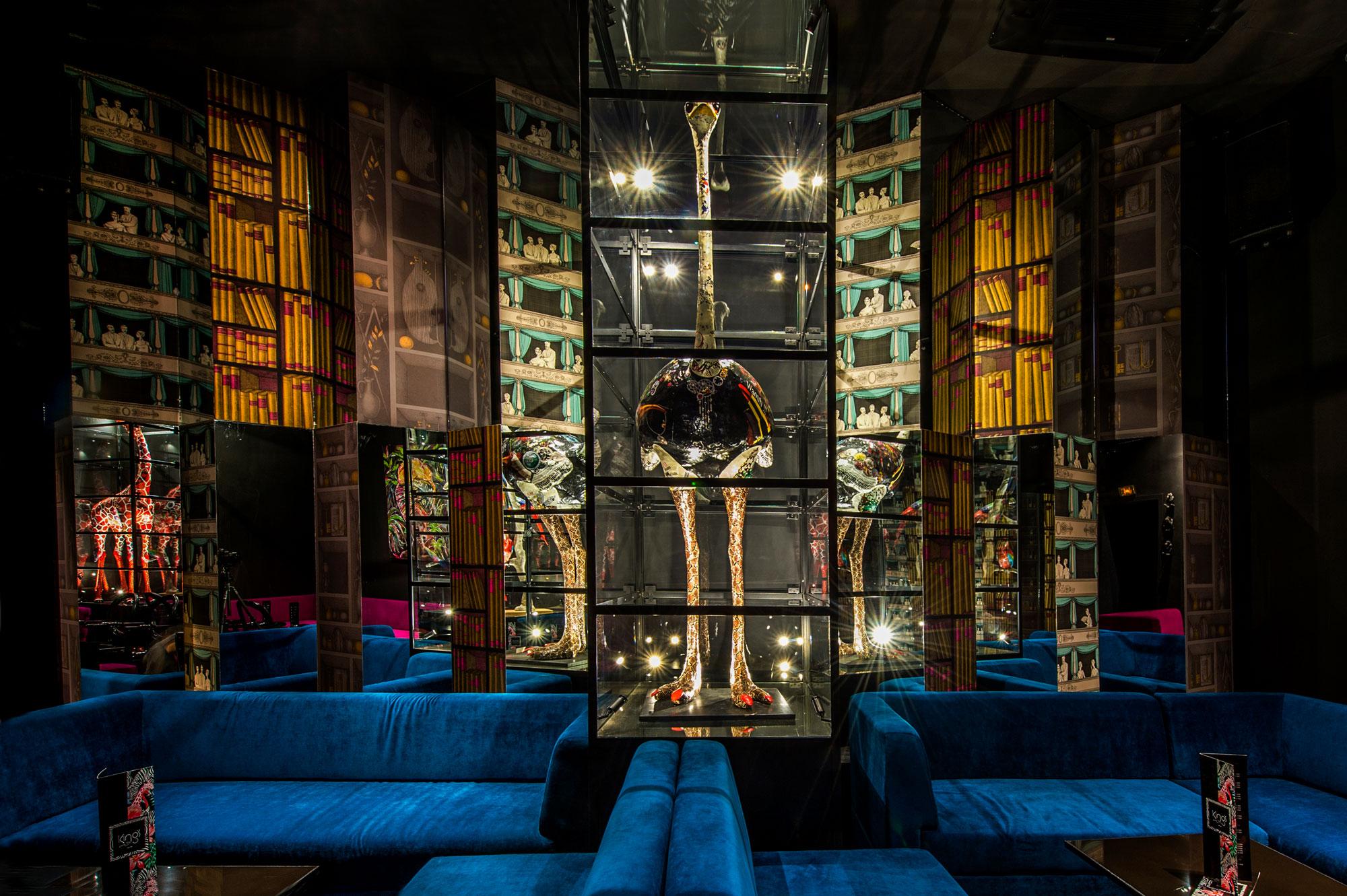 Le Kings Club réinvente les soirées dakaroises : Discothèque, club, night, soirée, party, concert, boite, nuit, week, end, loisirs, ambiance, sortie, musique, DJ, danse, Kings, bar, LEUKSENEGAL, Dakar, Sénégal, Afrique