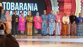 Pemkot Makassar Dedikasikan Penghargaan Tobarania Kepada IWO Sulsel