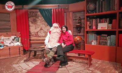 Con Santa Claus en Rovaniemi, Finlandia