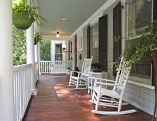 Small-Outdoor-Living-Spaces-Ideas-Porch