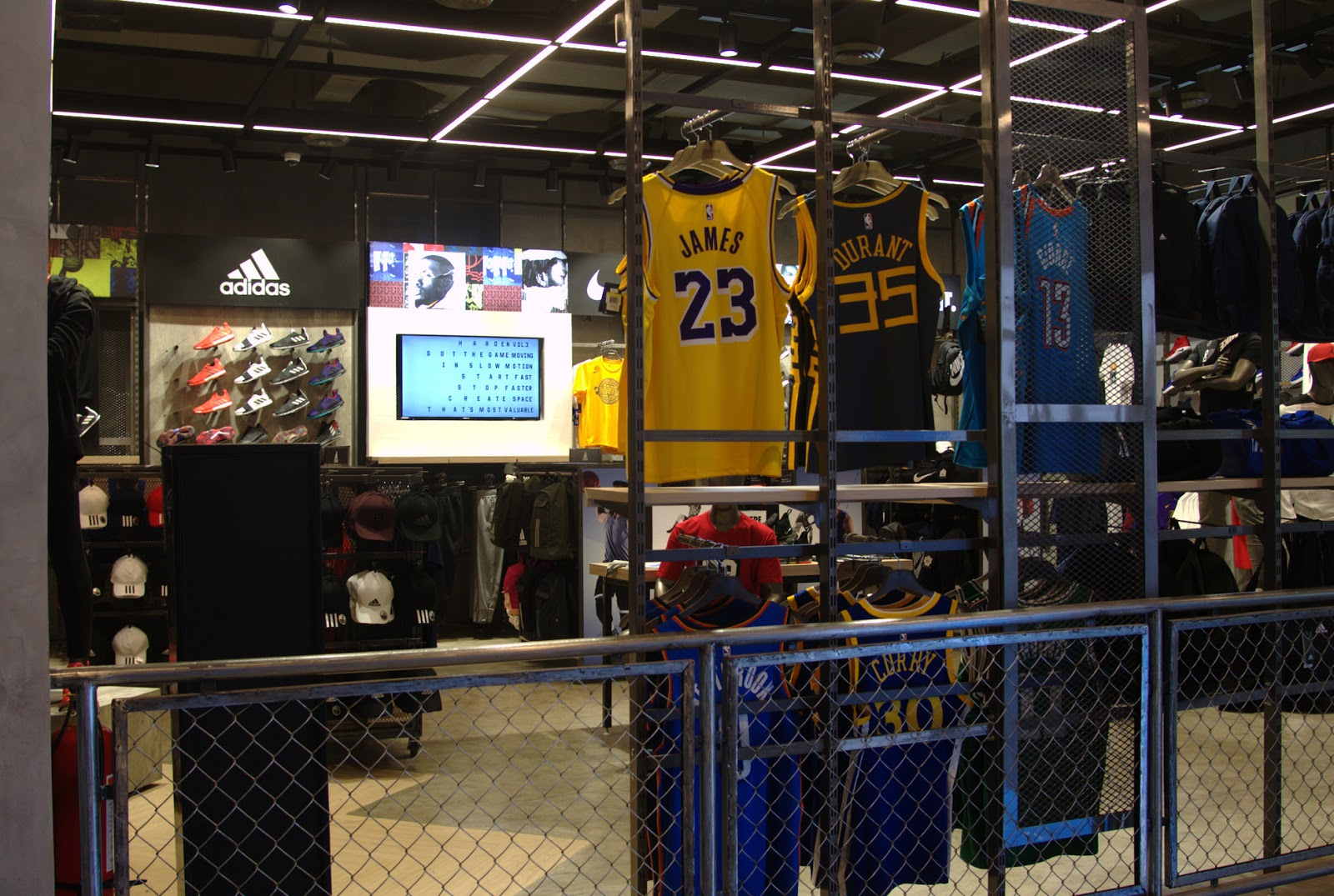 PLAYZone. The flagship store features an interactive PLAYZone to host  events and sports clinics on a regular basis. It also doubles as a  basketball court 22c7ac376