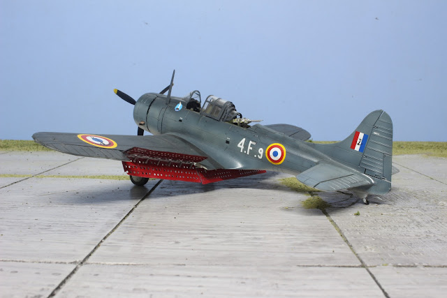 Maquette du SBD-5 Dauntless French Navy d'Italeri au 1/48.