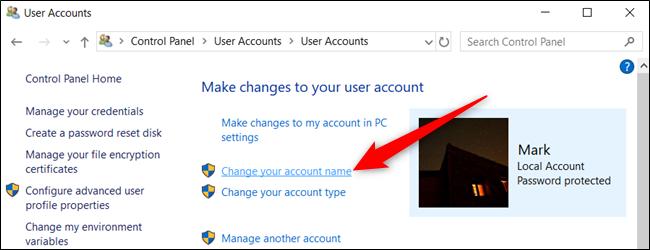 """انقر فوق """"تغيير اسم حسابك""""."""