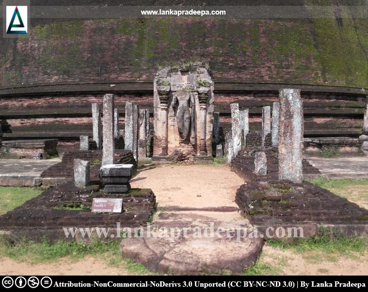 Ruins of an image house, Polonnaruwa Rankoth Vehera