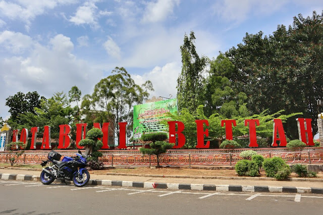 Foto Motor keren di Taman KOTABUMI BETTAH