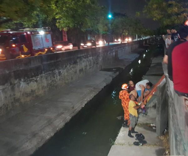 Jovem cai em canal após ser atropelado por veículo em Fortaleza