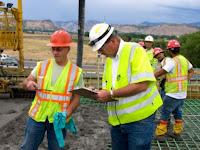 Perusahaan Konstruksi Jalan Raya Membangun Tiga Macam Jalan