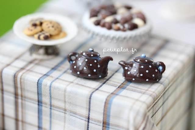 miniature teapot model