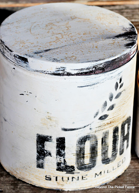 DIY Rusted Farmhouse Canisters