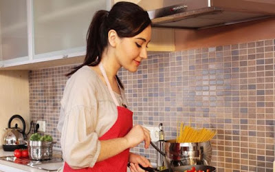 8 Masakan yang tidak boleh dipanaskan atau dilansir