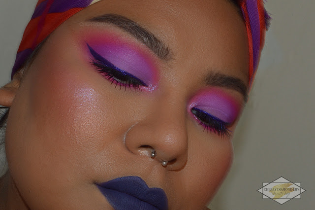 Review Vivid Punchy Pink by W7 Makeup,  Neon Obsession Neon Pink di Huda Beauty, pink neon makeup, neon violet makeup, invictus mulac cosmetics, razor sharp eyeliner ecstasy urban decay, dupe neon obsession pink huda beauty, dupe palette huda beauty