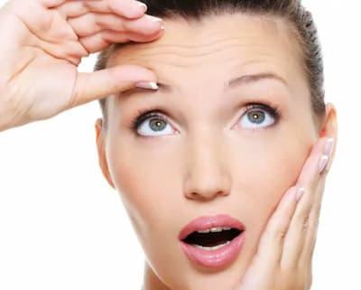إزالة تجاعيد الوجه عند النساء والرجال