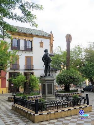 Sevilla - Plaza de los Refinadores - Monumento a Don Juan 04