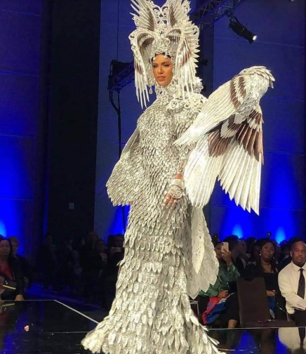 Gazini's national costume left everyone in awe