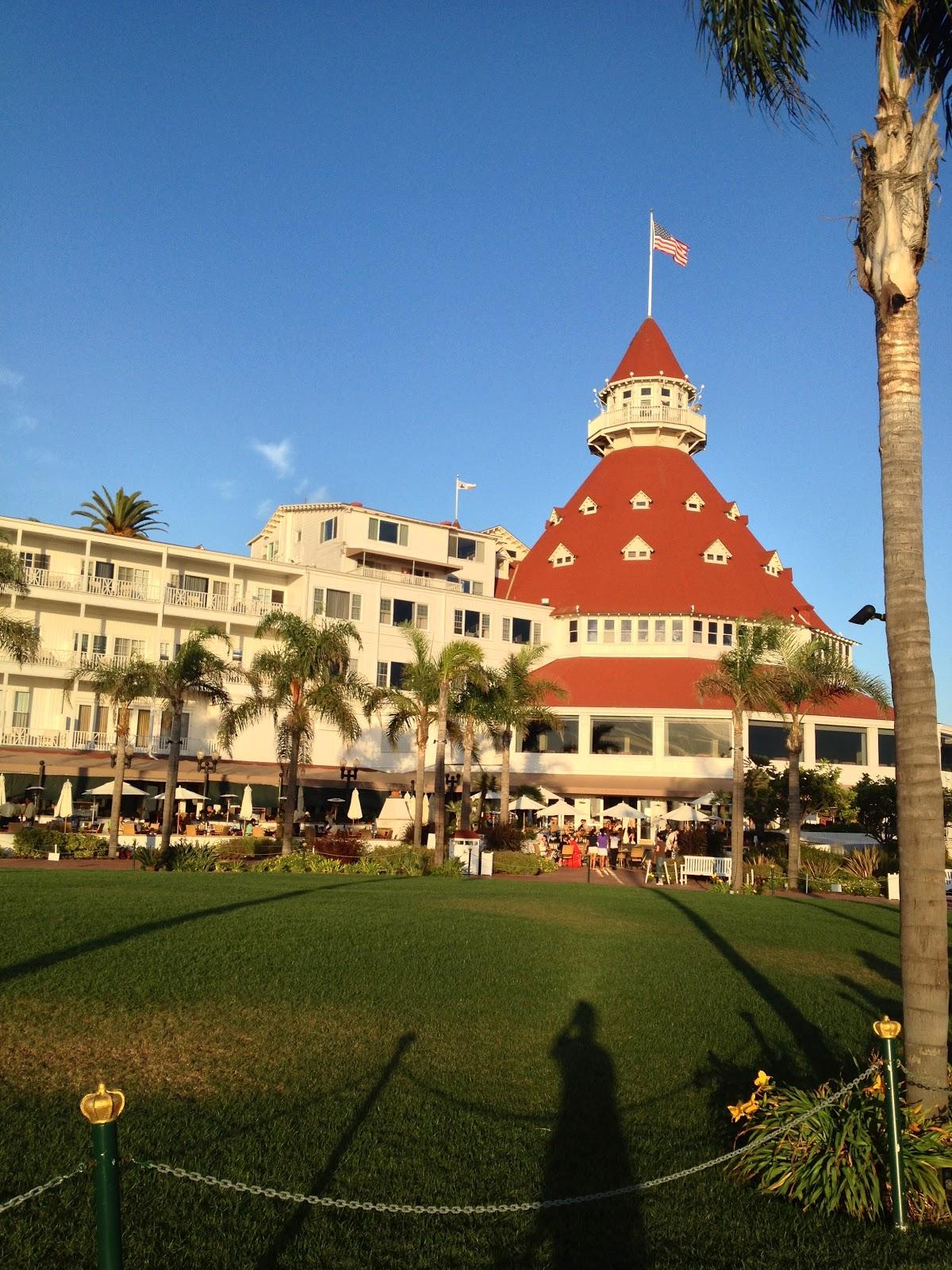 The Travelling Gypsy: Coronado Island & Hotel Del