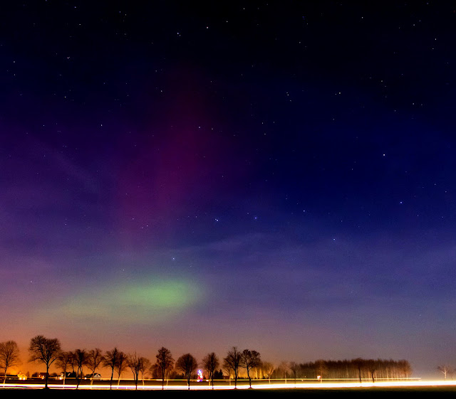 http://radiacja.blogspot.com/2015/12/aurora.html