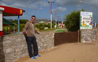 Minigolf Explorer Richard Gottfried at the Arnold Palmer Crazy Golf course in Exmouth, Devon