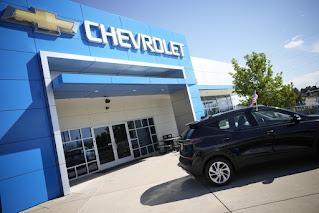 Doanh số bán ô tô của Mỹ sụt giảm do tình trạng thiếu chip máy tính trên ô tô