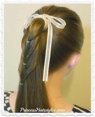 Ponytail cascade hair tutorial. Cute back to school hairstyle.