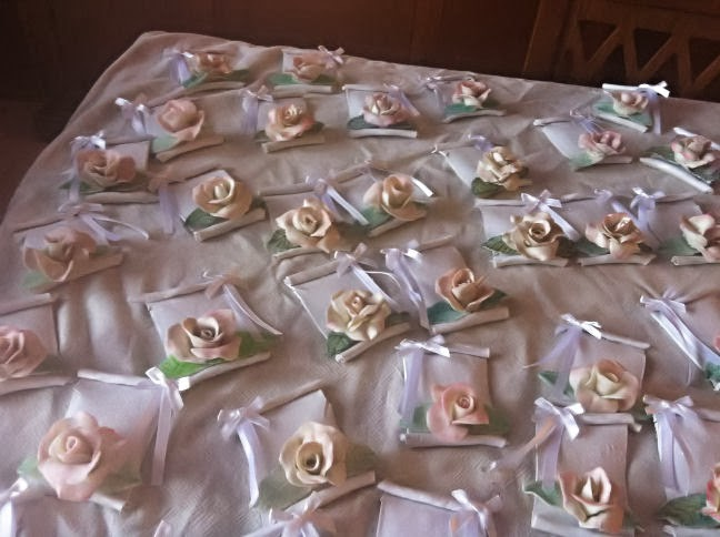 Pergamena Segnaposto Matrimonio.Sandysogna Pergamene Segnaposto Matrimonio E Rosa Centrotavola