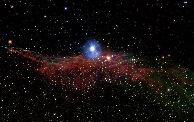 Nebulosa do Véu Vassoura de Bruxa NGC 6960