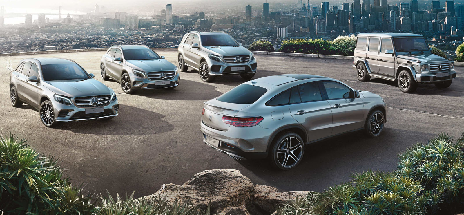 Portuguese petrol head july 2016 for Mercedes benz suv range