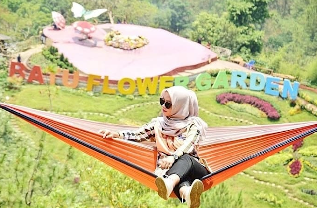Wisata Bukit Bulu Coban Rais Malang