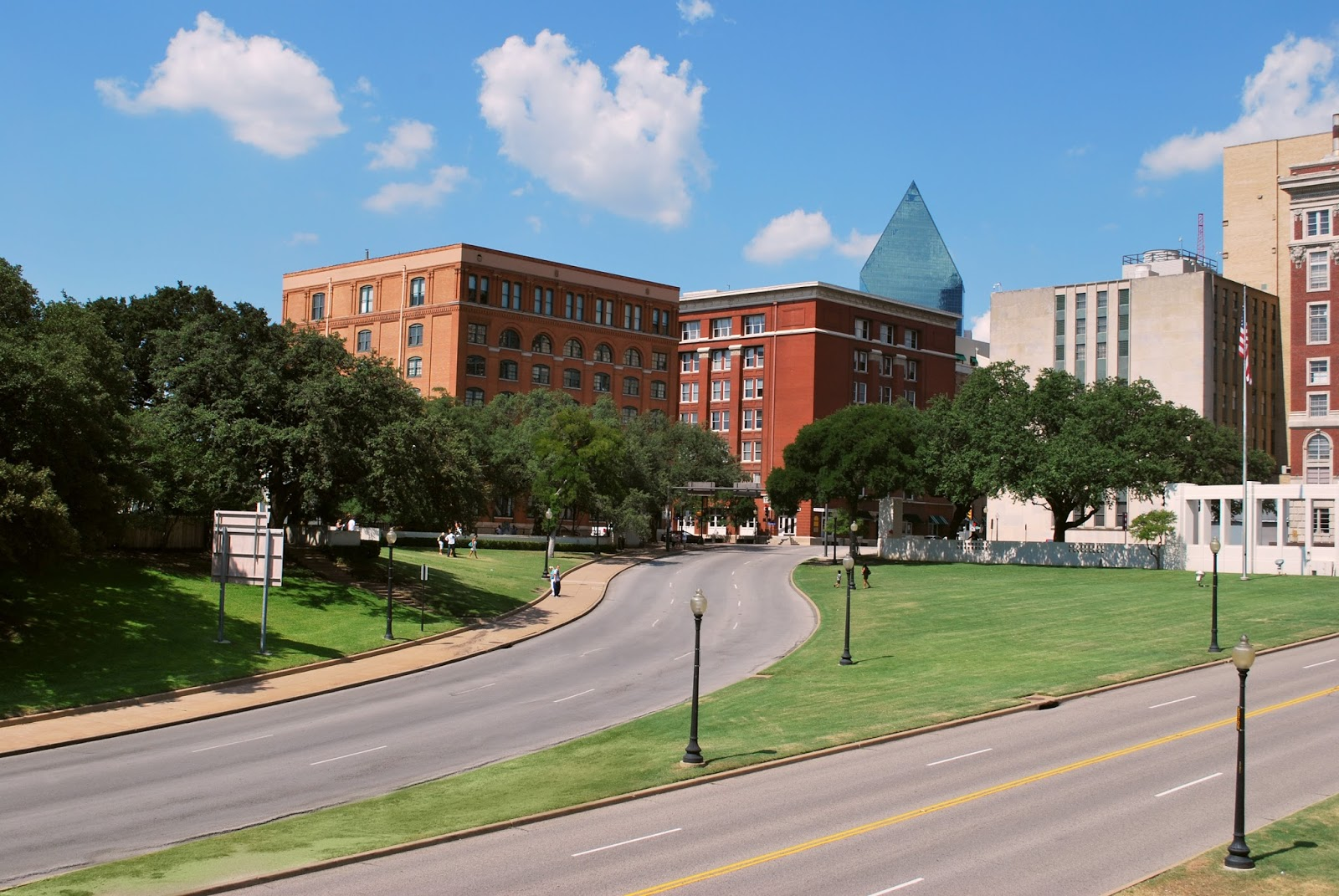 Dynamic Dfw The Sixth Floor Museum At Dealey Plaza A