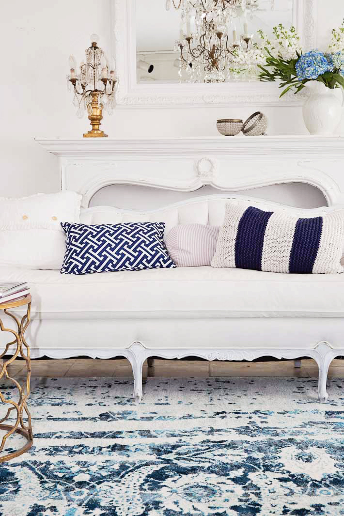 white tufted sofa elegant