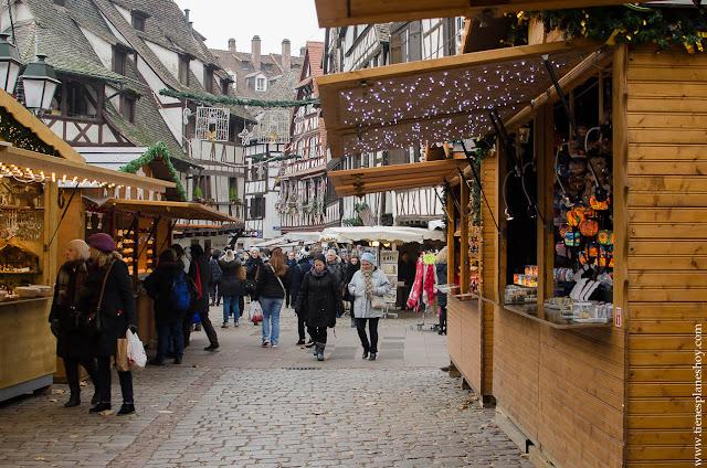 Mercado Navidad Petite France Estrasburgo