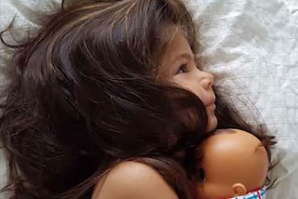 Miliki Rambut Indah, Anak Dua Tahun Dikontrak Jadi Model
