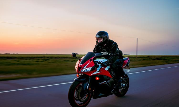 Simak Tips Berkendara Aman Menggunakan Sepeda Motor Dari AHM