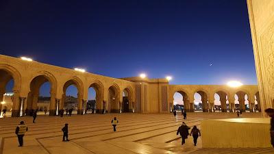 Sotto la moschea