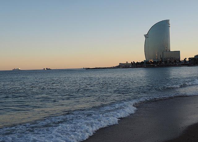 Море в Барселоне (Sea in Barcelona)