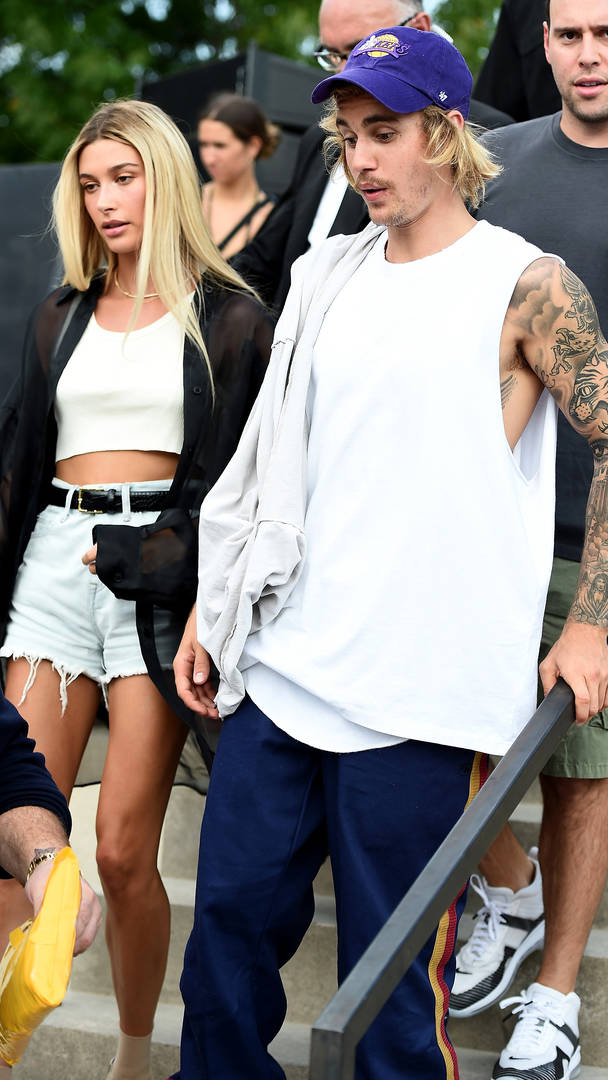 Justin Bieber & Hailey Baldwin Reportedly Hosting Wedding Party Next Month