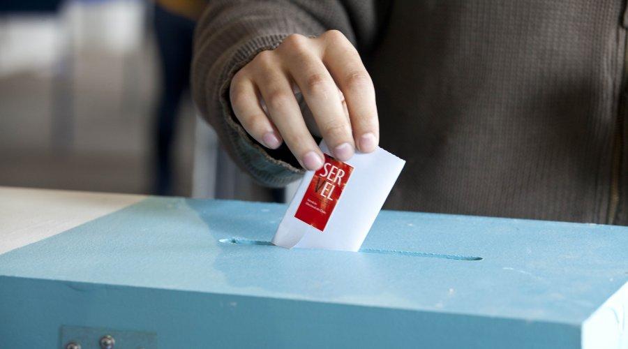 Servel ofrece 15 mil cupos para trabajar en el plebiscito