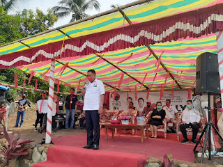 Lantik Tim Relawan di Mariri, Olly Janji Tingkatkan Pendapatan Petani dan Nelayan