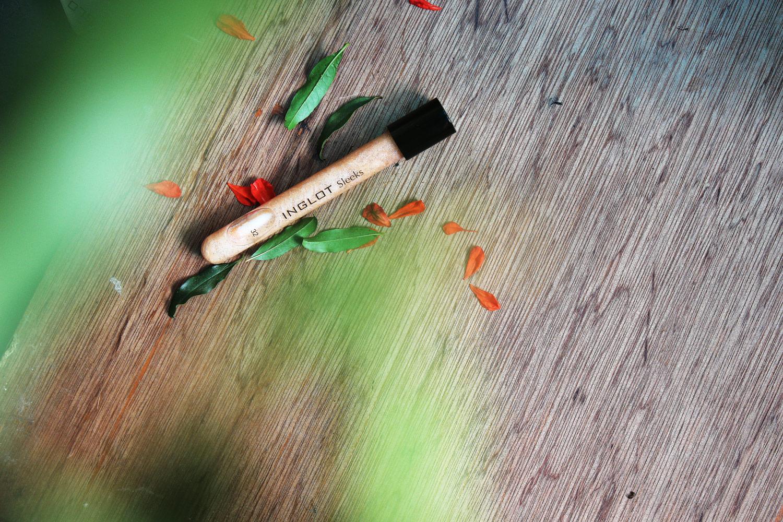 Inglot cosmetics sleeks lip gloss
