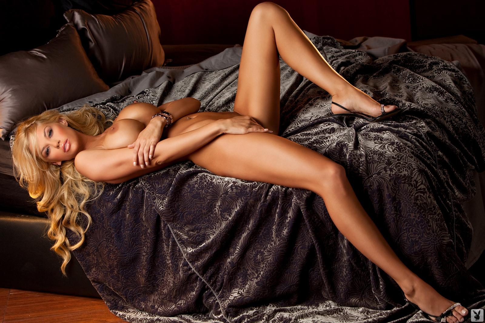 Erotic nude glamour girls, big tits choking sex
