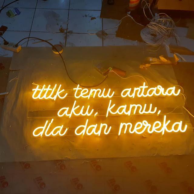 Pembuatan Neon Flex Di Bogor Untuk Cafe, Coffee Shop, Resto