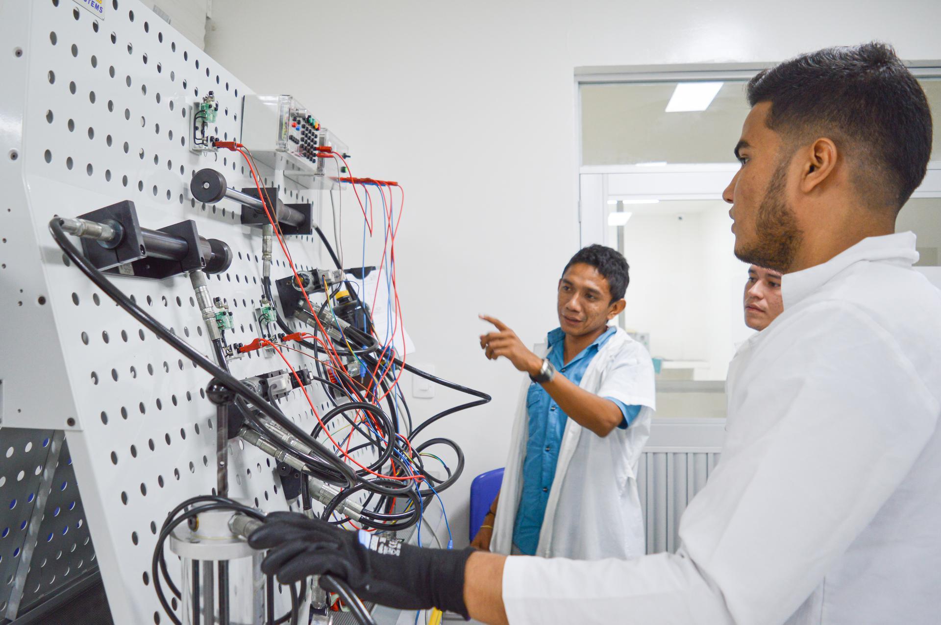 hoyennoticia.com, Uniguajira clasificó cuatro proyectos antes Minciencias