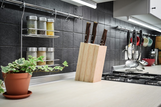 small kitchen organization and diy storage ideas