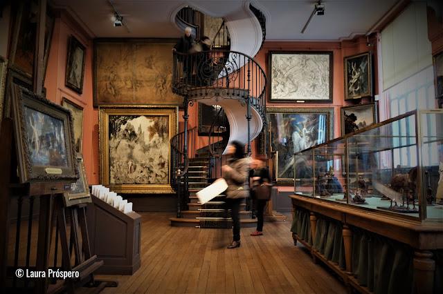Antiga residência e atelier do pintor simbolista Gustave Moreau, um dos museus mais interessantes de Paris.