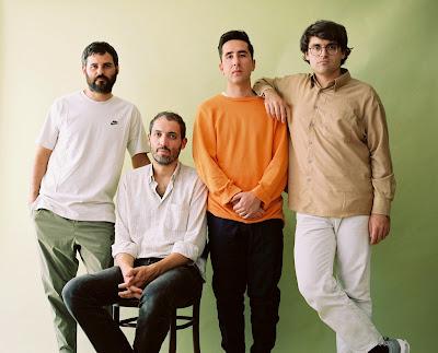 Delorean presentan 'Kantuz', el primer adelanto de su nuevo proyecto titulado 'Mikel Laboa'