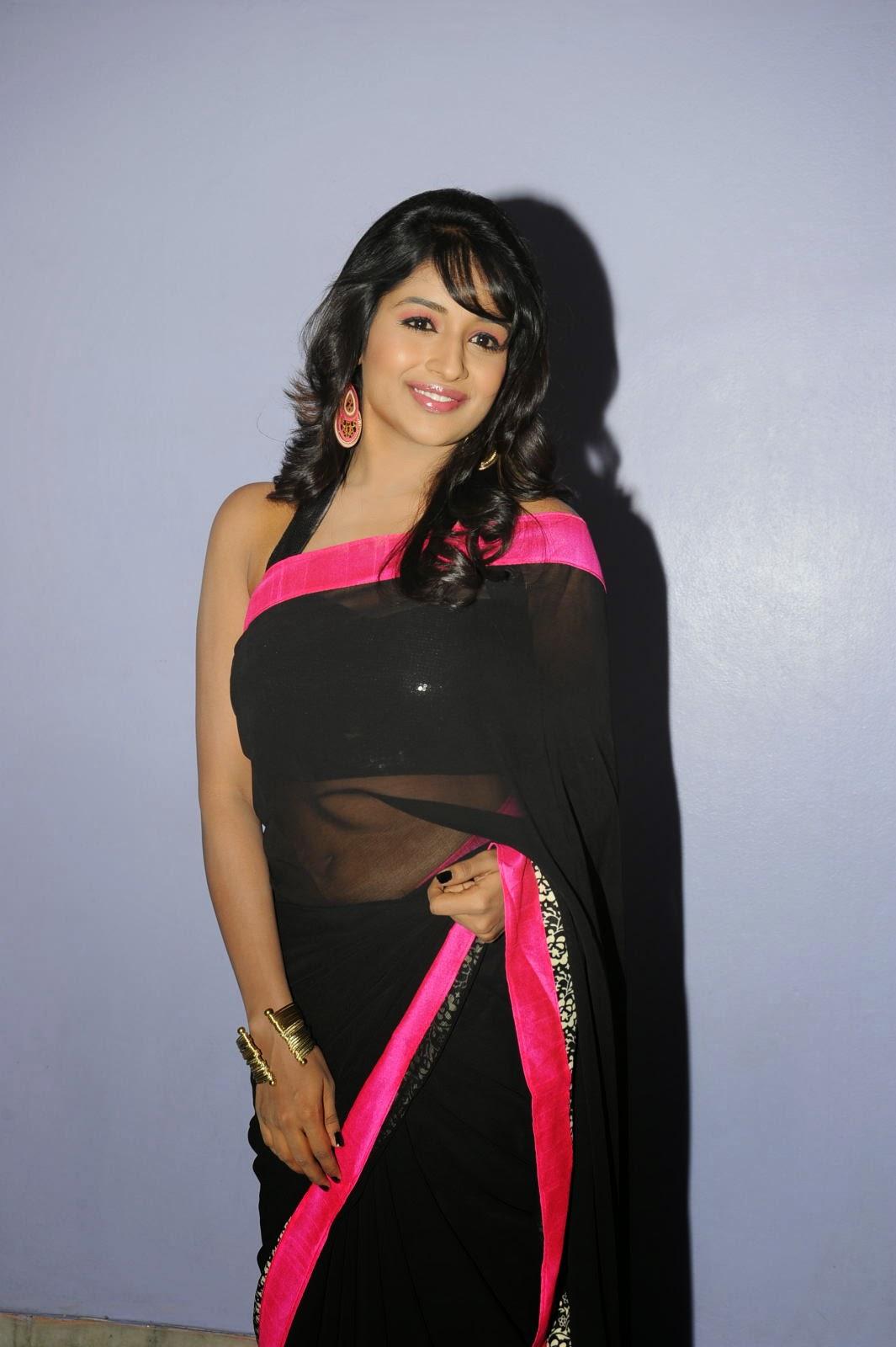 Isha Ranganath glam pics in saree-HQ-Photo-4