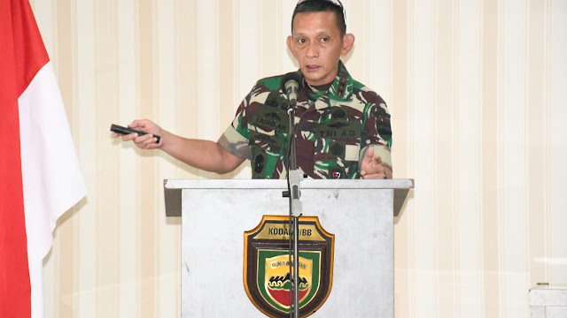 Pangdam I/BB selaku Pangkogasgabpad Pimpin Rapat lanjutan Percepatan Penanganan Covid 19 di RS Khusus Pulau Galang Batam.