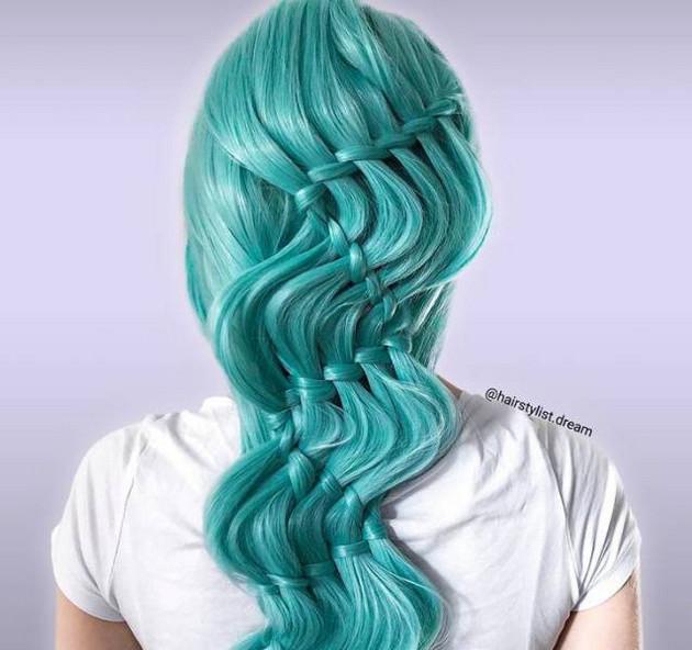 Milena Diekmann creates Intricate hairstyles that resemble macrame